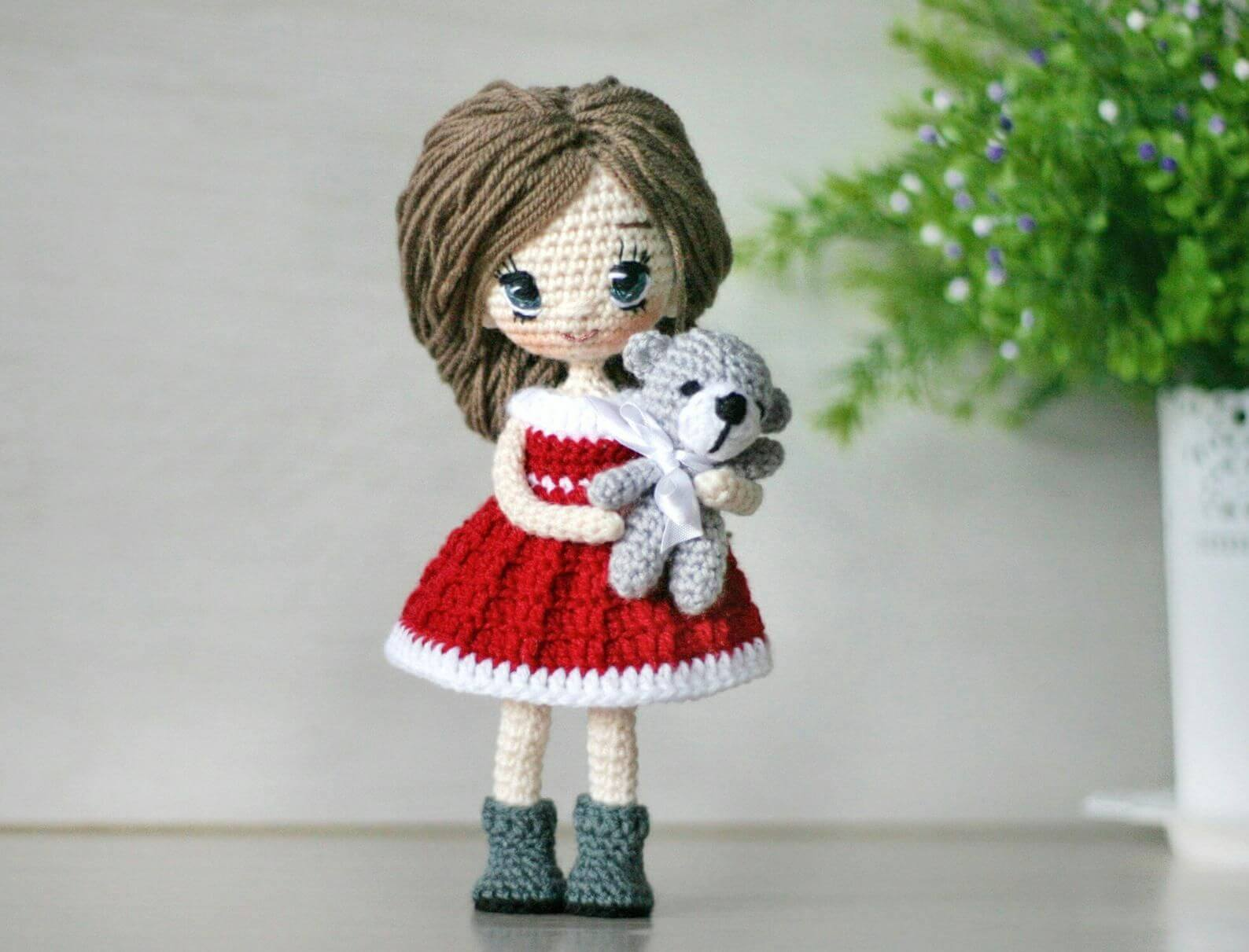 Eyes & Mouth Hand Embroidery for Crochet Amigurumi Doll - YouTube | 1211x1588