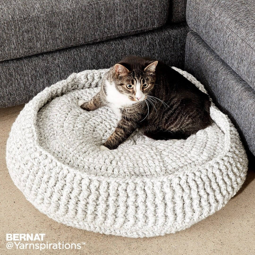 knitted-cat-bed-diy-cat-projects | Crochet cat bed, Crochet cat ... | 1080x1080