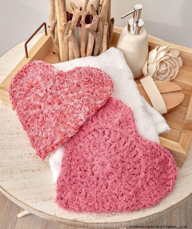 Crochet heart scrubby