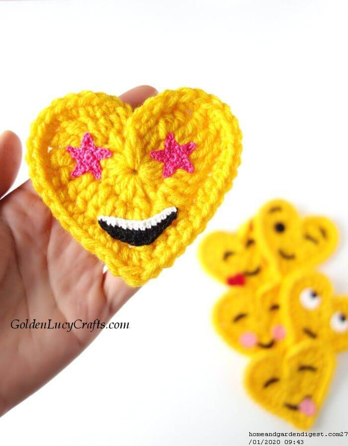 Crochet eyes emoji gift