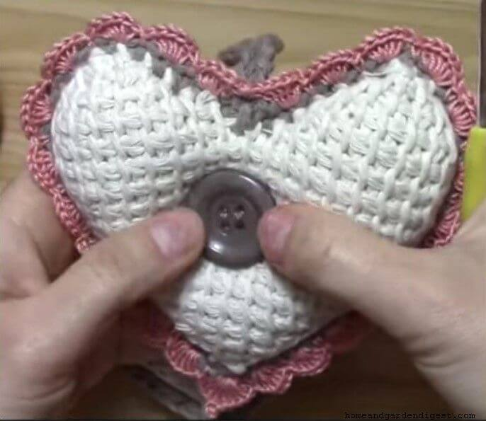 Tunisian crochet heart